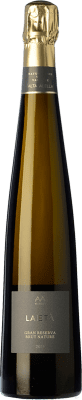 19,95 € Free Shipping | White sparkling Alta Alella AA Mirgin Laietà Gran Reserva D.O. Cava Catalonia Spain Chardonnay Bottle 75 cl. | Thousands of wine lovers trust us to get the best price guarantee, free shipping always and hassle-free shopping and returns.
