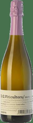 13,95 € Envio grátis | Espumante branco DG Brut Reserva D.O. Penedès Catalunha Espanha Chardonnay Garrafa 75 cl. | Milhares de amantes do vinho confiam em nós com a garantia do melhor preço, envio sempre grátis e compras e devoluções sem complicações.