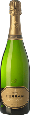 43,95 € Free Shipping | White sparkling Ferrari Riserva Lunelli Extra Brut Reserva 2008 D.O.C. Trento Trentino Italy Chardonnay Bottle 75 cl | Thousands of wine lovers trust us to get the best price guarantee, free shipping always and hassle-free shopping and returns.