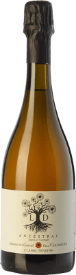 14,95 € Free Shipping | White sparkling Finca Viladellops LD Ancestral D.O. Penedès Catalonia Spain Xarel·lo Vermell Bottle 75 cl. | Thousands of wine lovers trust us to get the best price guarantee, free shipping always and hassle-free shopping and returns.