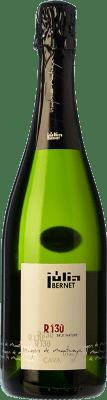 18,95 € Envio grátis | Espumante branco Júlia Bernet R-130 Brut Nature 2009 D.O. Cava Catalunha Espanha Xarel·lo, Chardonnay Garrafa 75 cl | Milhares de amantes do vinho confiam em nós com a garantia do melhor preço, envio sempre grátis e compras e devoluções sem complicações.