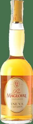 19,95 € Envío gratis | Calvados Père Magloire Fine I.G.P. Calvados Pays d'Auge Francia Botella 70 cl