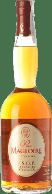 28,95 € Envío gratis | Calvados Père Magloire V.S.O.P. Very Superior Old Pale Reserva I.G.P. Calvados Pays d'Auge Francia Botella 70 cl