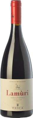 13,95 € Envío gratis | Vino tinto Tasca d'Almerita Lamùri I.G.T. Terre Siciliane Sicilia Italia Nero d'Avola Botella 75 cl