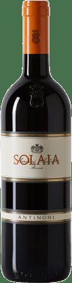 261,95 € Free Shipping | Red wine Tignanello Marchesi Antinori Solaia I.G.T. Toscana Tuscany Italy Cabernet Sauvignon, Sangiovese, Cabernet Franc Bottle 75 cl