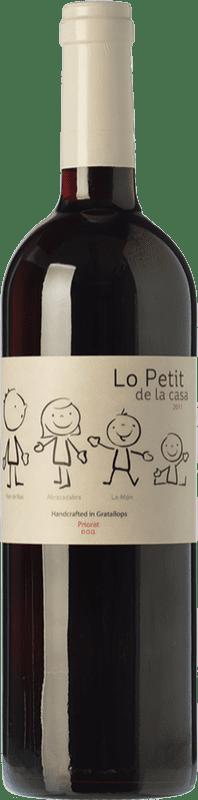11,95 € Envío gratis | Vino tinto Trossos del Priorat Lo Petit de la Casa Crianza D.O.Ca. Priorat Cataluña España Garnacha, Cabernet Sauvignon Botella 75 cl