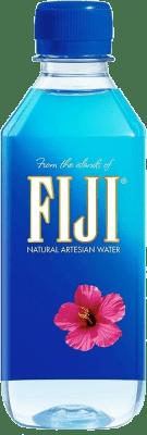 55,95 € Free Shipping | 24 units box Water Fiji Artesian Water Pet Medium Bottle 50 cl