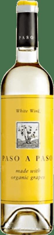 4,95 € Envío gratis | Vino blanco Volver Paso a Paso Orgánico Joven I.G.P. Vino de la Tierra de Castilla Castilla la Mancha y Madrid España Macabeo, Verdejo Botella 75 cl
