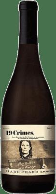 7,95 € Envío gratis | Vino blanco 19 Crimes Hard Chard Joven Australia Chardonnay Botella 75 cl