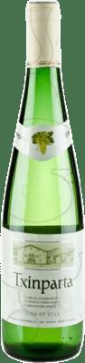 5,95 € Spedizione Gratuita | Vino bianco Txinparta Joven La Rioja Spagna Hondarribi Zuri, Hondarribi Beltza Bottiglia 75 cl