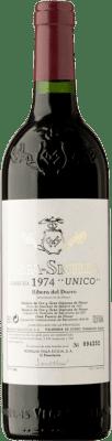663,95 € Free Shipping | Red wine Vega Sicilia Único 1974 D.O. Ribera del Duero Castilla y León Spain Tempranillo, Cabernet Sauvignon Bottle 75 cl
