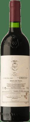 569,95 € Free Shipping | Red wine Vega Sicilia Único Gran Reserva 1987 D.O. Ribera del Duero Castilla y León Spain Tempranillo, Merlot, Cabernet Sauvignon Bottle 75 cl