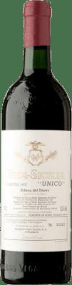 696,95 € Free Shipping | Red wine Vega Sicilia Único Gran Reserva 1975 D.O. Ribera del Duero Castilla y León Spain Tempranillo, Merlot, Cabernet Sauvignon Bottle 75 cl